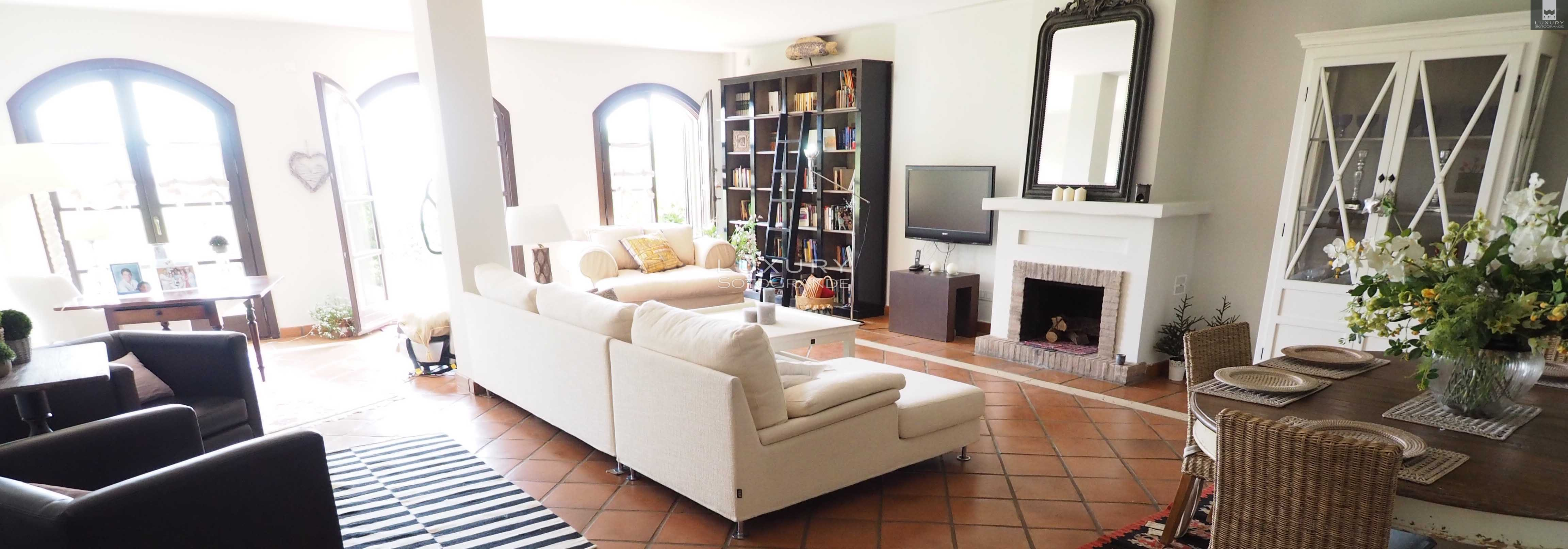 Spectacular townhouse for rent in Cortijos de la Reserva Sotogrande