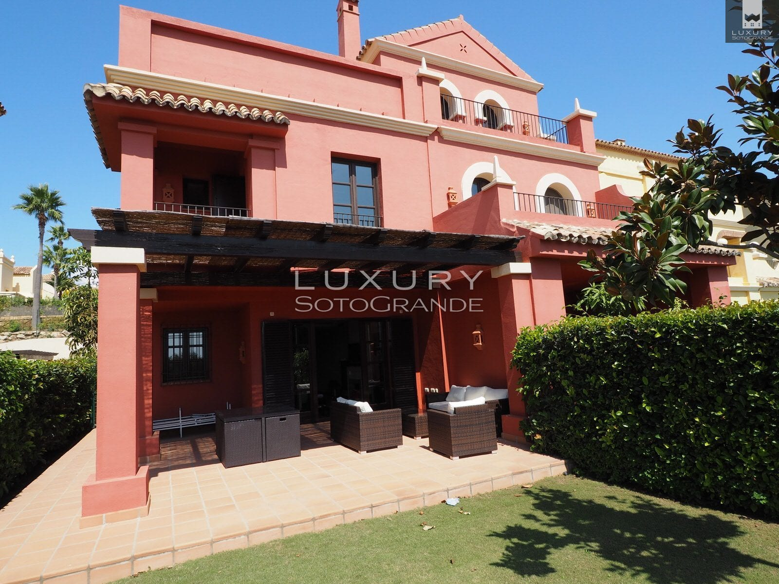 Townhouse for rent in Sotogrande's prestigious Cortijos de la Reserva